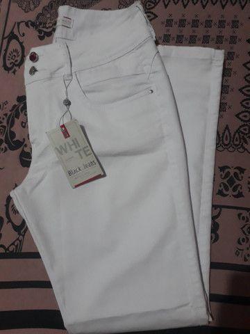 Calça branca nova