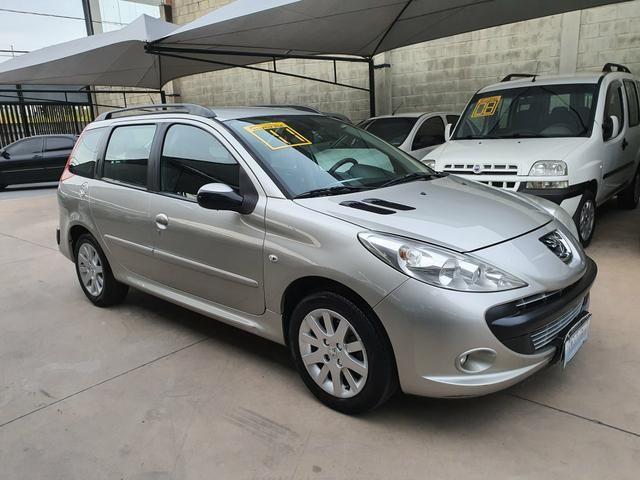 Peugeot 207 sw xs automática 2011