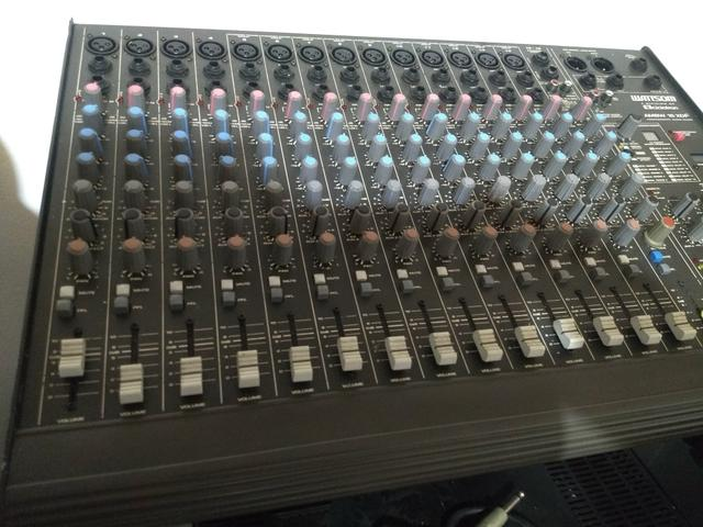 Mesa de som 16 canais - usb - Foto 4
