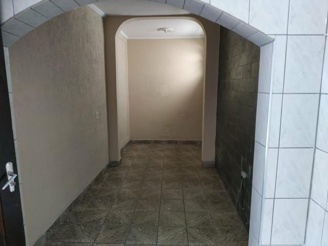 Casa 3 cômodos com garagem portão automatizado - Foto 4