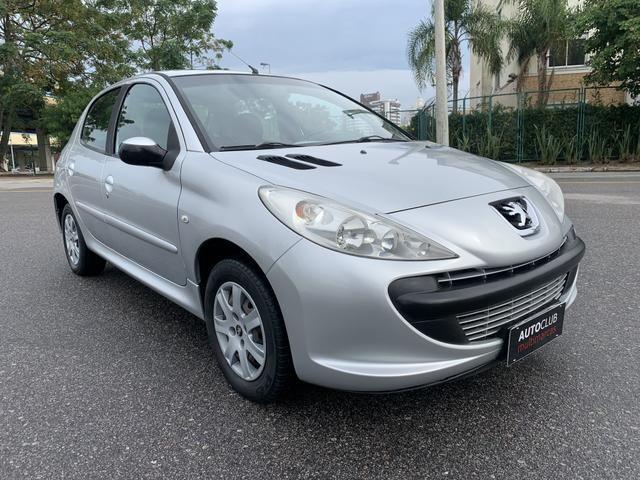 Peugeot 207 Completo 1.4 Flex 2011 impecável - Foto 7