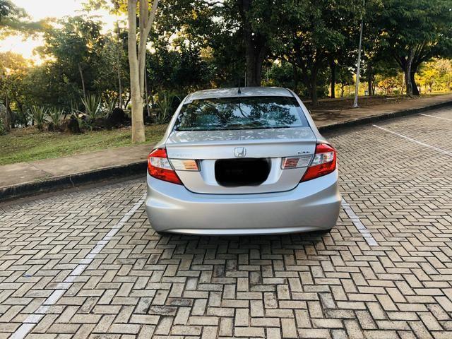Honda Civic 1.8 LXL Automático 2013 IPVA PAGO - Foto 2