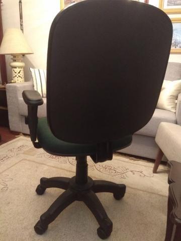 Cadeira de escritório executiva Danna - Foto 4
