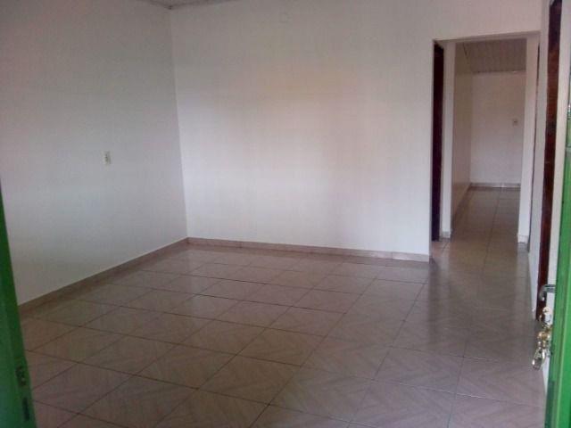 Aluga-se Ótima casa sozinha no lote em Samambaia Norte - QR 206 - Foto 3