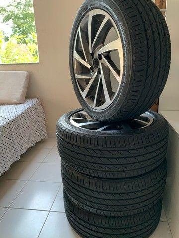 Jogo de rodas novo  aro 17 com pneus novos - Foto 6