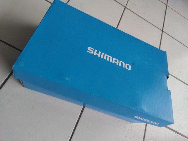 Sapatilhas Shimano speed com tacos  - Foto 3