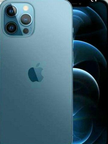 Troco iPhone  12pro max 256g em moto ou carro de meu interesse