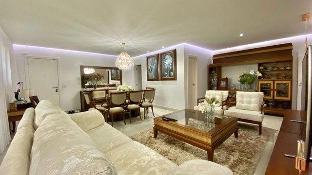 Oportunidade!!! Belíssimo Apartamento de Altíssimo Padrão e Fino Acabamento  - Foto 2