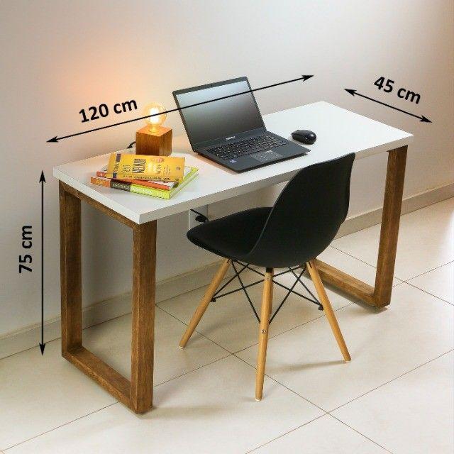 Mesa para computador trabalho escrivaninha estudos em MDF + Madeira Maciça - Foto 5