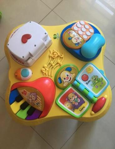 Mesa Bilíngue do Cachorrinho - Aprender e Brincar ? Fisher Price
