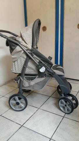Carrinho Burigotto + bebê conforto + moisés