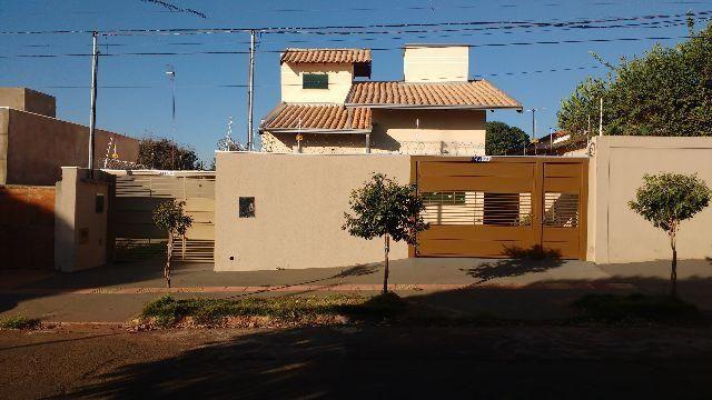 Linda casa no Guanandi