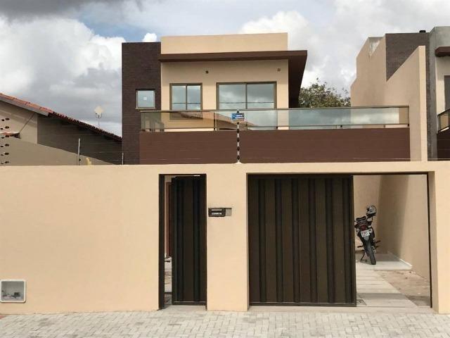 Lindo Duplex no Eusébio com um projeto diferenciado,04 quartos, a poucos metros do centro