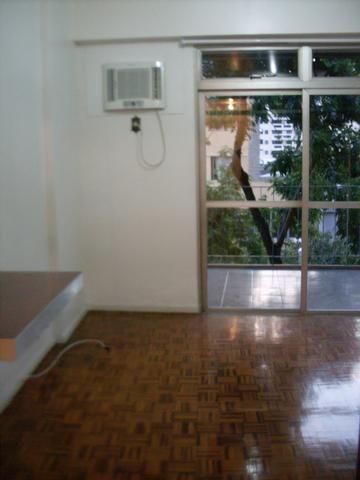 Apto Frente,varanda,1 vaga,em Botafogo/rj