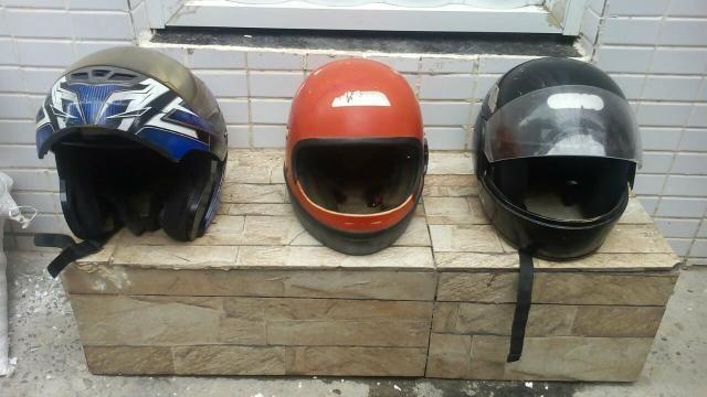 3 capacetes 71 98656-7554 whats ao respondo no zP