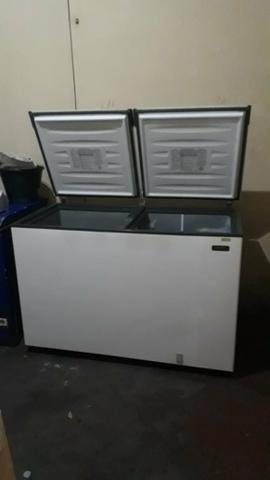 VENDE SE 2 Refrigeradores horizontal e 1 vertical - Foto 2