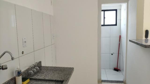 Alugo Apartamento 70 mt² 2/4 prox Av Maria Quitéria garagem coberta tx cond incluída - Foto 14