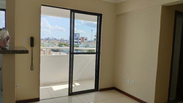 Alugo Apartamento 70 mt² 2/4 prox Av Maria Quitéria garagem coberta tx cond incluída - Foto 11
