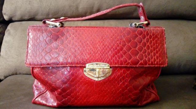 3331b2a6b0 Bolsa Vermelha (marca Luz da Lua) e Colar - Bolsas, malas e mochilas ...