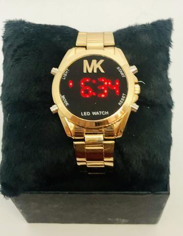 147ddc7fe Relógio feminino MK digital dourado - Bijouterias