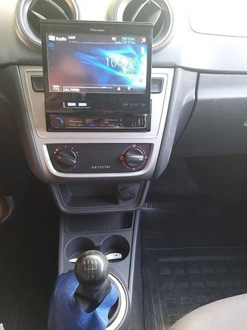 Gol G6 (novo) / Volkswagen / 1.0 / Flex / 04 Portas / Manual / 2015 - Foto 12