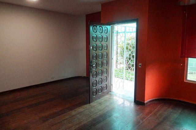 Casa Comercial 6 salas no Jardim Botânico para Alugar, Próx. Hospital da PM-PR [612.002] - Foto 3