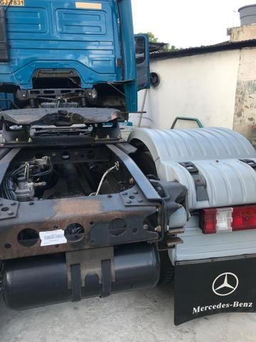 Vendo caminhões Mercedes versãos 2035 e outro iveco versão 380 truque - Foto 17