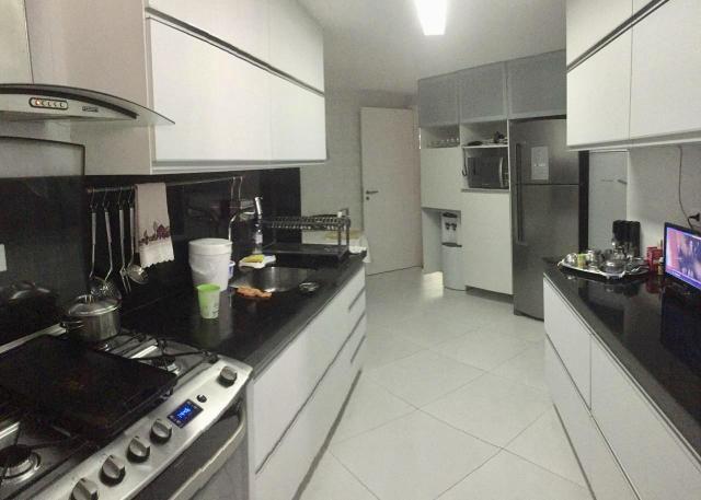 Apartamento com 3/4 sendo 2 suítes + escritório bem próximo da praia - Foto 9