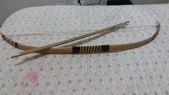 Arco e flecha indígena - Decorativo