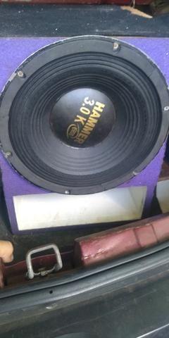 Vendo caixa com auto falante Katrina 12 polegadas 2700.rms reais