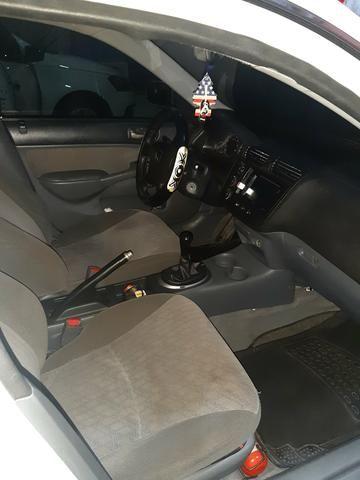 Honda Civic 2005 - Foto 6