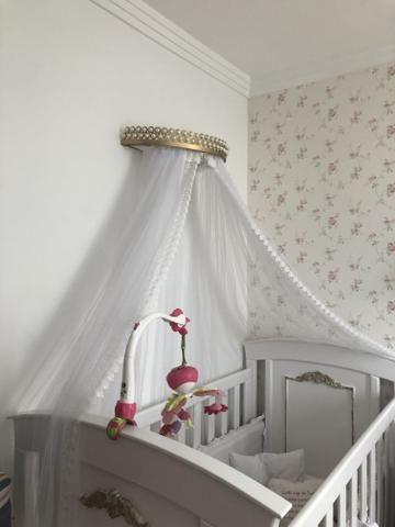 Vendo berço vira cama com dossel e colchão - Foto 3