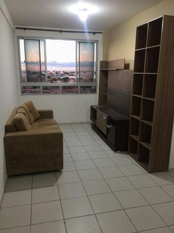 Apartamento Mobiliado 2/4 Cond. Carlos Wilson