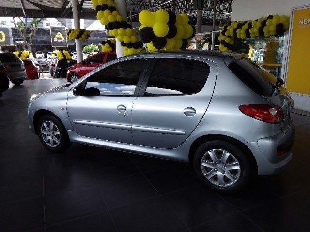Peugeot 207 1.4 Manual 2011 R$20.996,00 - Foto 3
