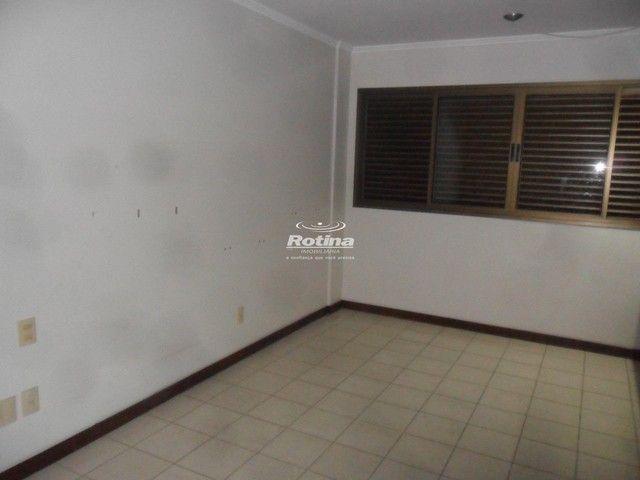 Apartamento para aluguel, 4 quartos, 2 suítes, 3 vagas, Saraiva - Uberlândia/MG - Foto 12
