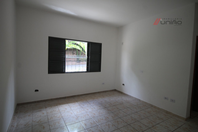 Casa em Jardim Birigui - Umuarama - Foto 12