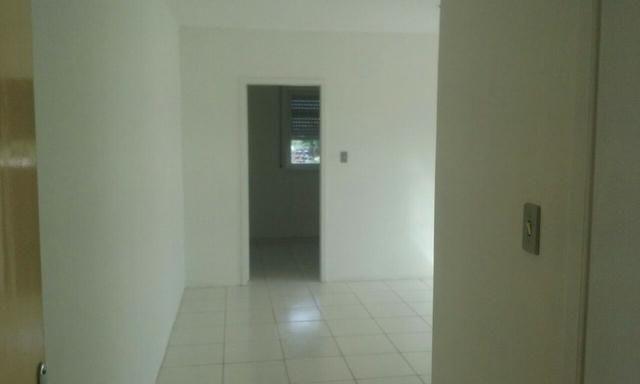 Aluga-se apartamento centro