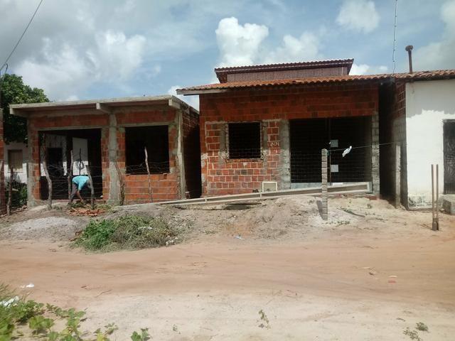 Vendo uma casa nova