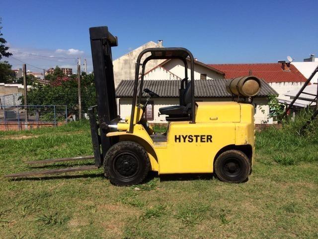 Empilhadeira Hyster 2,5 toneladas