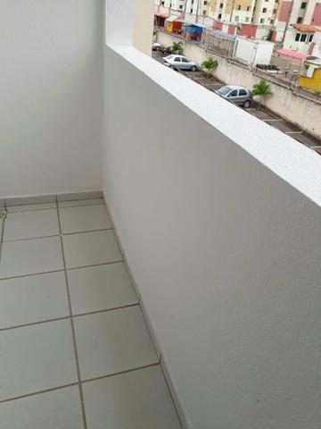 Alugo Apartamento no Condomínio Ponta Verde Próximo ao Shopping Pátio Norte - Foto 4