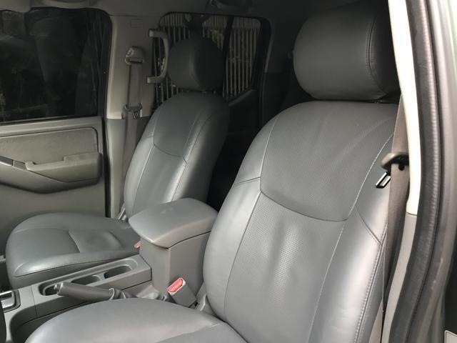 NISSAN FRONTIER LE 4x4 aut Diesel - Foto 4