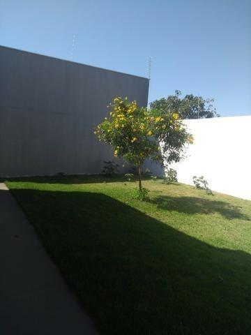 Linda Casa Rica no blindex Vila Nasser com quintal amplo - Foto 14