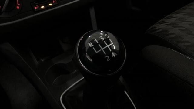 Volkswagen Fox 1.6 Msi Comfortline 8v - Foto 4