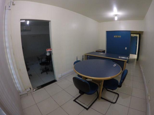 Conjunto de 3 salas comerciais com garagem
