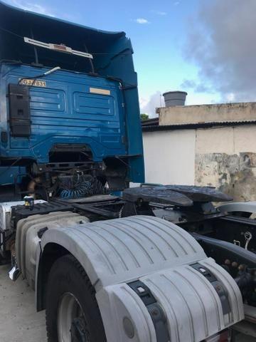 Vendo caminhões Mercedes versãos 2035 e outro iveco versão 380 truque - Foto 8