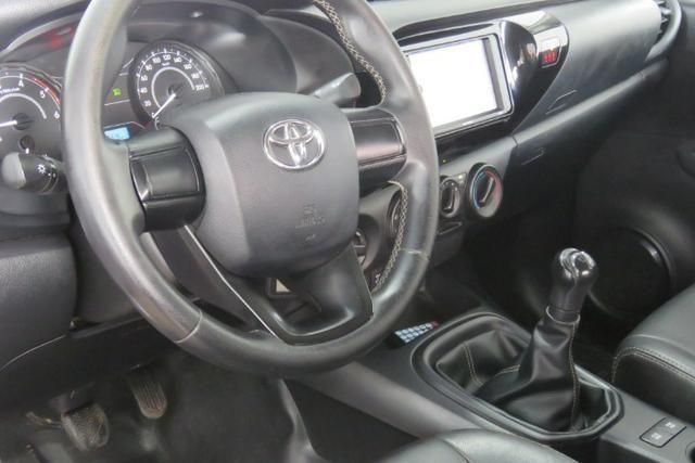 Toyota Hilux 2.8 tdi std cd 4x4 2018 - Foto 3