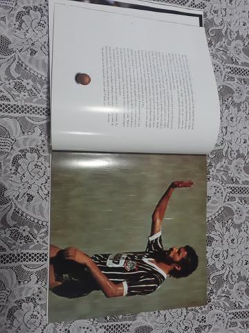 Vendo Livro do Corinthians - Foto 2