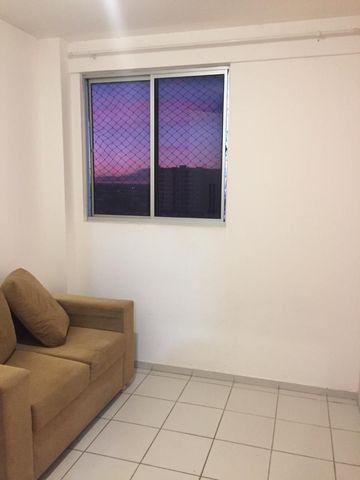 Apartamento Mobiliado 2/4 Cond. Carlos Wilson - Foto 15
