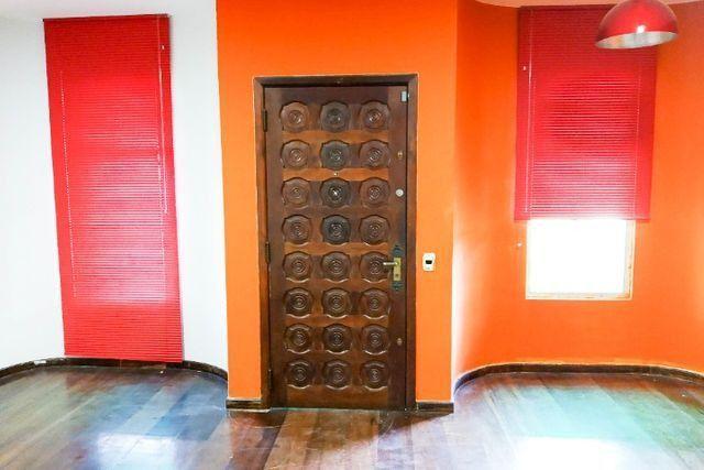 Casa Comercial 6 salas no Jardim Botânico para Alugar, Próx. Hospital da PM-PR [612.002] - Foto 2