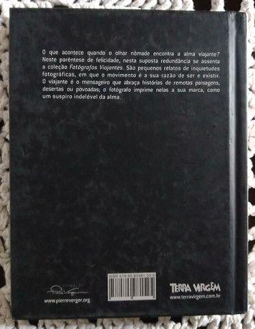 Livro Pierre Verger Fotógrafos Viajantes capa dura - Foto 3